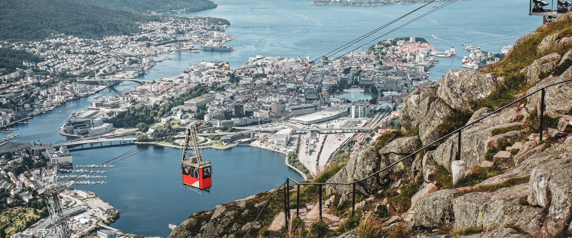 Fløybanen med oversikt over Bergen hvor Inventura har kontor