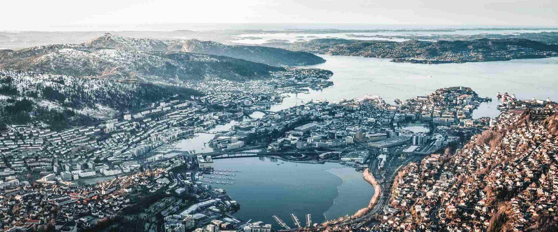 Oversiktsbilde over Bergen, sett ovenfra
